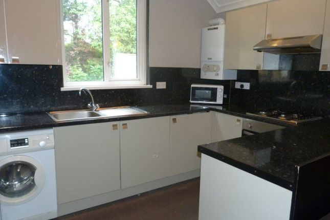 Thumbnail Flat to rent in Fairoak Road, Roath, Maisonette (5 Beds)