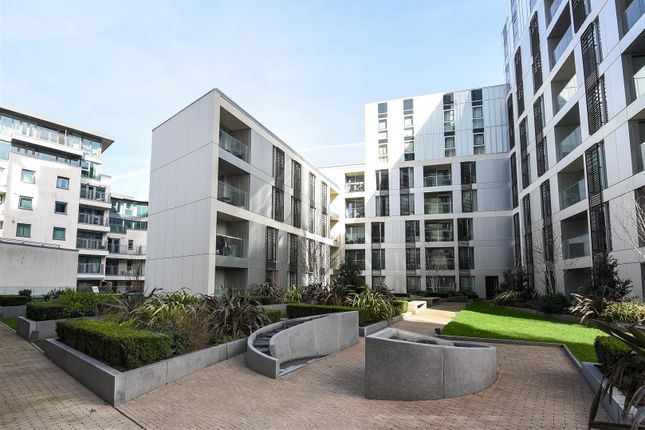 Thumbnail Flat for sale in Buckhold Road, London