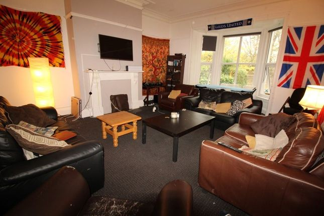 Thumbnail Property to rent in Moorland Road, Hyde Park, Leeds