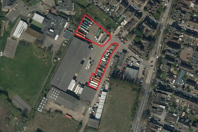 Thumbnail Light industrial to let in Yard Area, Ampthill Road, Bedford