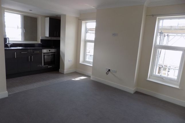 Flat to rent in Barton Hill Drive, Minster On Sea, Sheerness