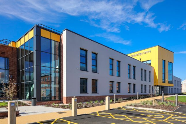Thumbnail Office to let in Boole Technology Centre, Beevor Street, Lincoln