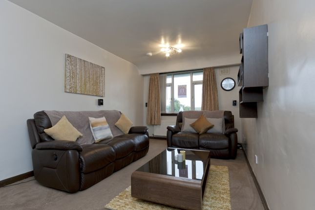 2 bed flat for sale in Cornhill Gardens, Cornhill, Aberdeen AB16