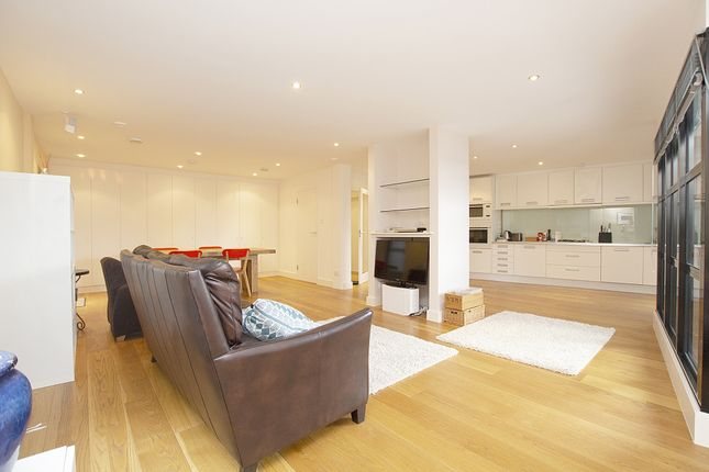 Thumbnail Flat for sale in Candie Road, St Peter Port, Guernsey
