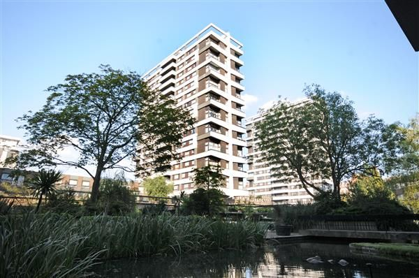 Thumbnail Flat for sale in The Water Gardens, Burwood Place, London