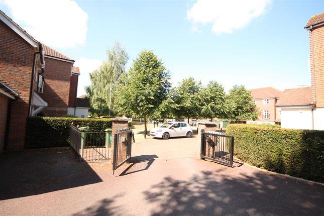 Img_0304 of Whitehead Way, Aylesbury HP21