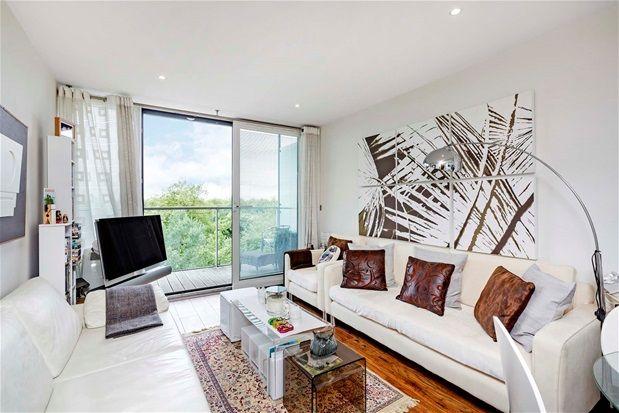 Property for sale in One Bedroom. Chelsea Bridge Wharf