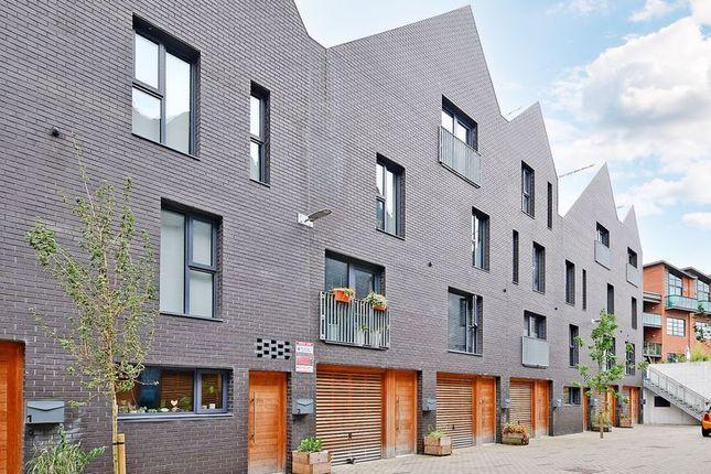 3 bed terraced house for sale in Eagle Lane, Little Kelham, Sheffield S3