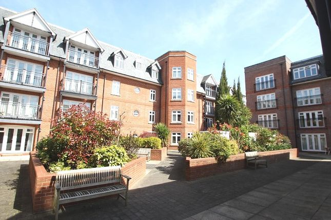 Thumbnail Property to rent in Royal Swan Quarter, Leret Way, Leatherhead