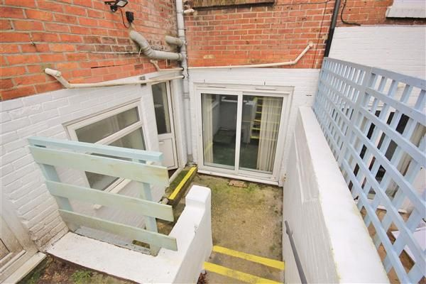 Thumbnail Flat for sale in Bournemouth Road, Parkstone, Poole