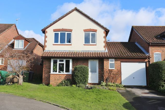 Detached house for sale in Siskin Close, Bishops Waltham, Southampton