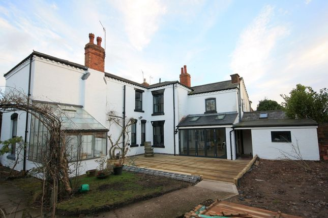 Thumbnail Semi-detached house to rent in East Road, Bromsgrove