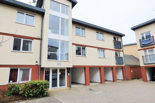 2 bed flat for sale in Longhorn Avenue, Gloucester