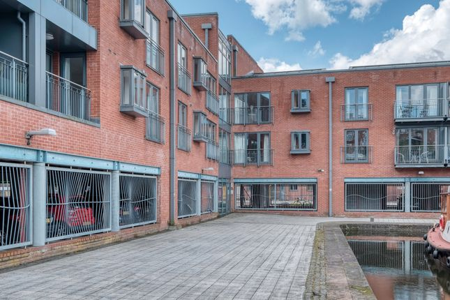 2 bed flat for sale in Diglis Dock Road, Worcester WR5