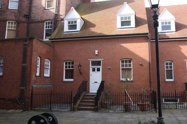 Thumbnail Terraced house to rent in Marine Parade East, Clacton-On-Sea