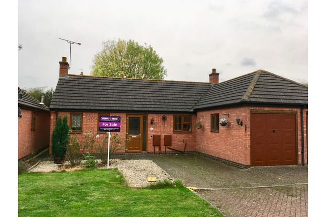 Thumbnail Bungalow for sale in Henwoods Court, Shipston-On-Stour