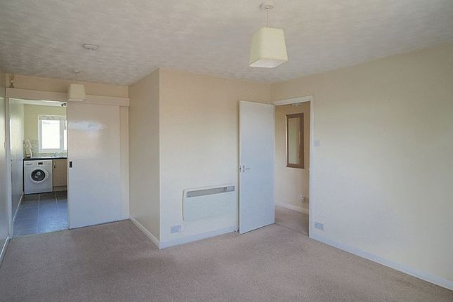 Thumbnail Maisonette to rent in Tilney Close, Alton