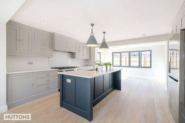 Thumbnail Detached house for sale in Leafy Way, Hutton, Brentwood