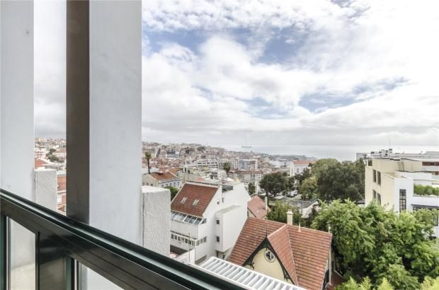 Thumbnail Apartment for sale in Lapa, Lisbon, Portugal
