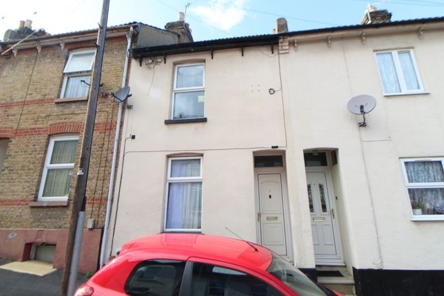 Thumbnail Terraced house to rent in Brisbane Road, Chatham