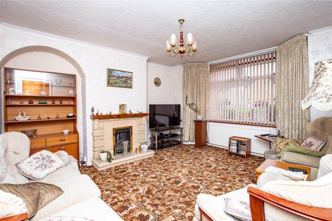 Picture No. 11 of Greenleaze Close, Bromley Heath, Bristol BS16