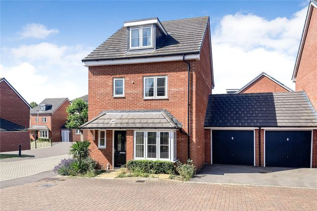 Front of Holymead, Calcot, Reading, Berkshire RG31