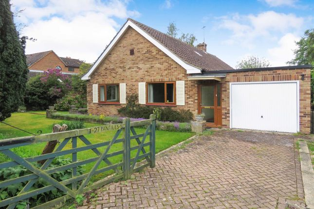 Thumbnail Detached bungalow to rent in High Street, Little Eversden, Cambridge