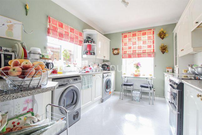 Kitchen of Dogsthorpe Road, Peterborough PE1