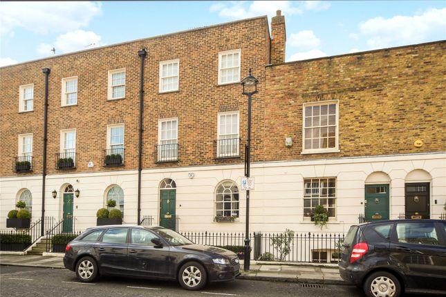3 bed end terrace house for sale in Bourne Street, London