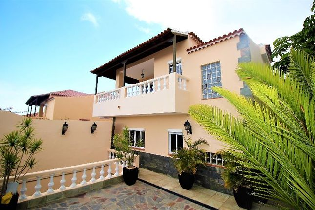 Thumbnail Villa for sale in San Eugenio Alto, Tenerife, Spain