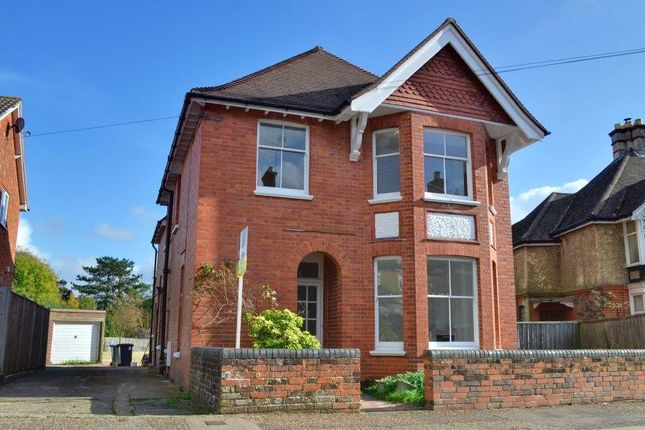 Thumbnail Detached house to rent in East Grinstead, West Sussex