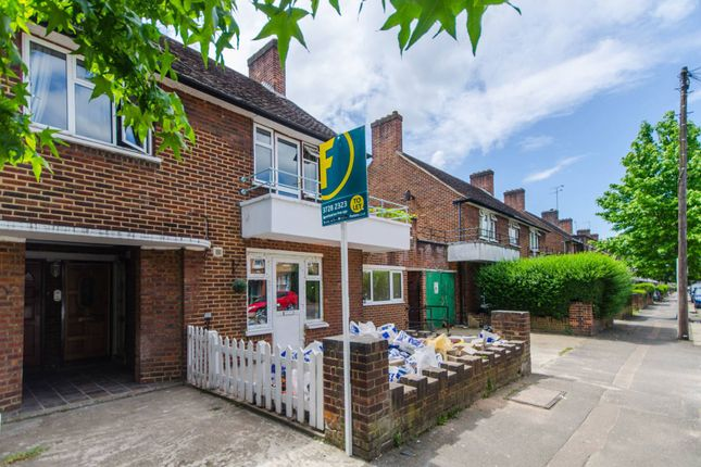 Thumbnail Flat to rent in Brettenham Road, Lloyd Park