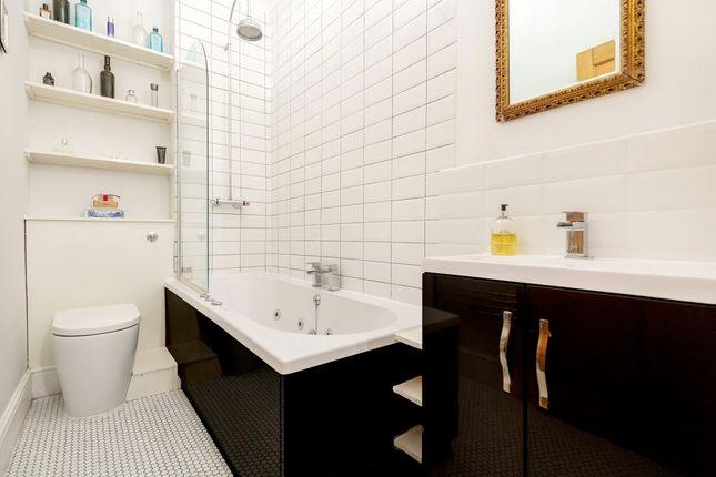Bathroom of Brixton Hill, London, London SW2