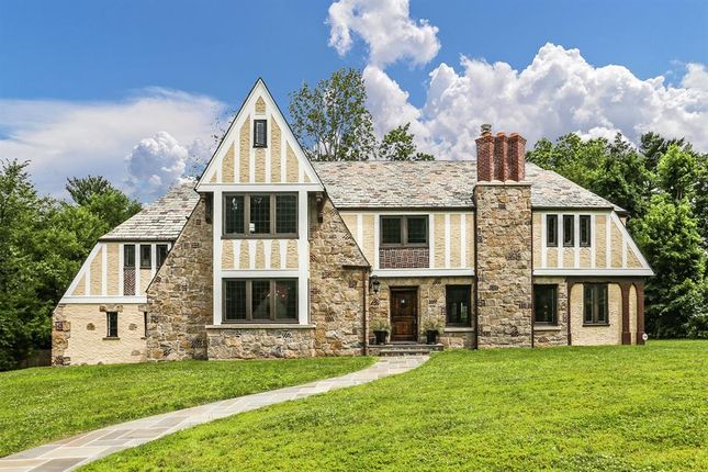 Thumbnail Property for sale in 7 Moore Road Bronxville Ny 10708, Bronxville, New York, United States Of America