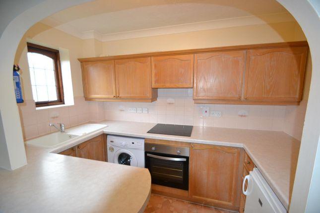 Kitchen of High Street, West Molesey KT8