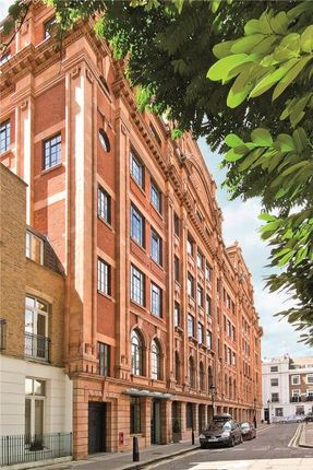 Thumbnail Flat for sale in Trevor Square, Knightsbridge, London