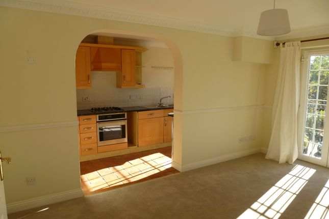Thumbnail Flat to rent in Shottermill Park, Haslemere