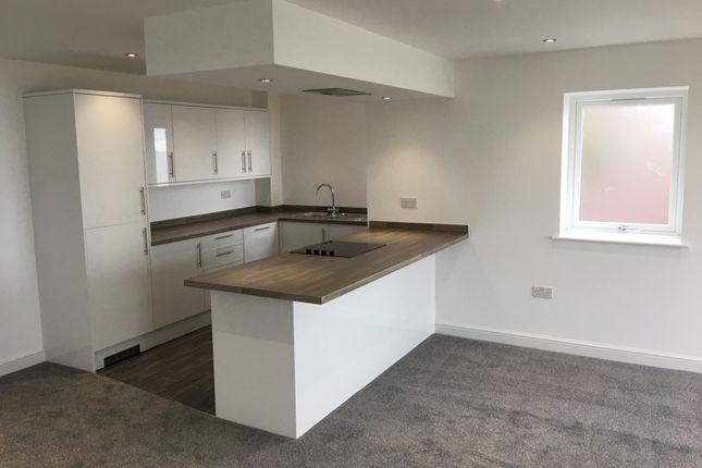 Thumbnail Flat to rent in Bangor Road, Penmaenmawr