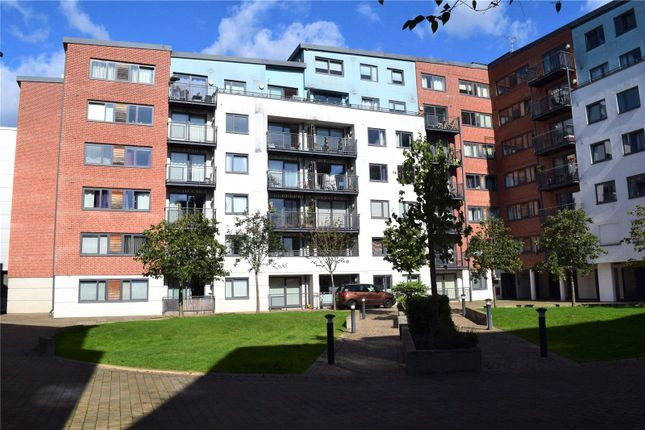 2 bed flat for sale in Southwell Park Road, Camberley GU15