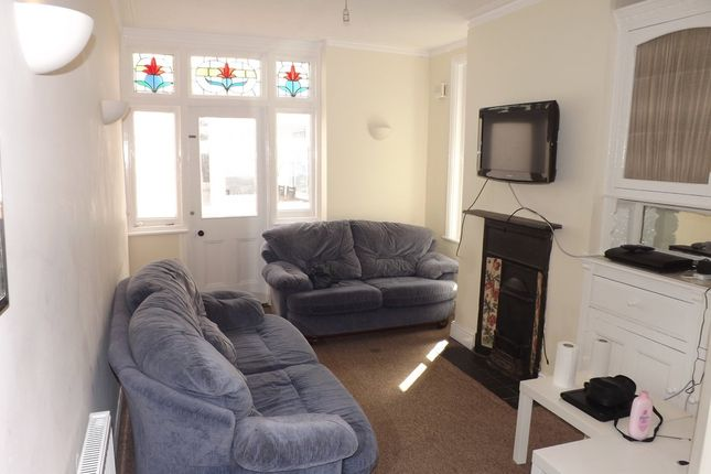 4 bed terraced house to rent in Talbot Road, Southsea