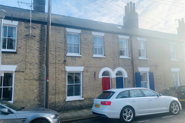 Thumbnail Terraced house for sale in Norwich Street, Cambridge