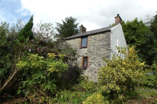 Thumbnail Property for sale in Llanllyfni, Caernarfon, Gwynedd