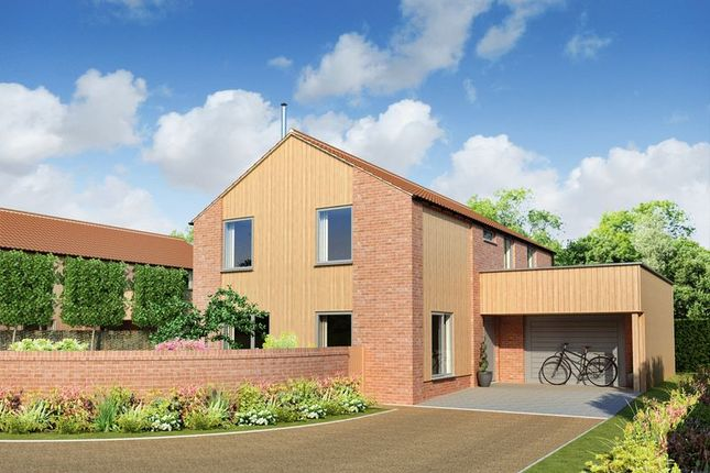 Thumbnail Detached house for sale in London Road, Attleborough