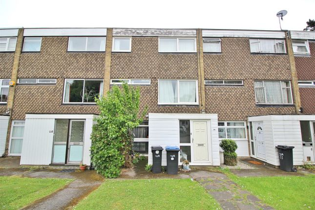 Thumbnail Studio for sale in Hydefield Close, London