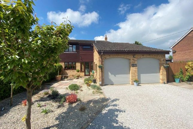 Thumbnail Detached house for sale in High Street, Tadlow, Royston