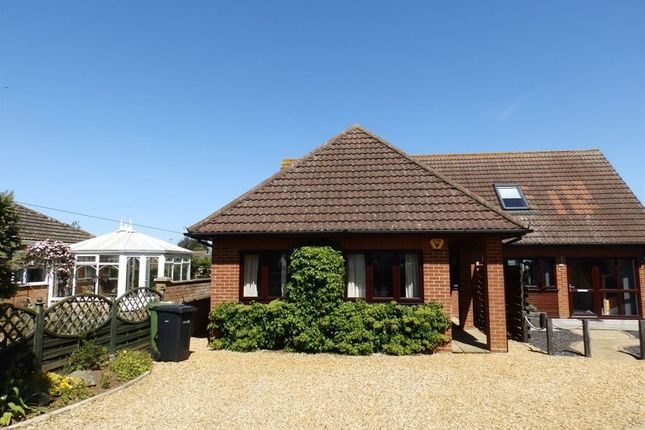 Thumbnail Semi-detached house to rent in Broadway, Heacham, King's Lynn