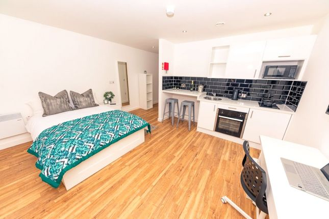 1 bed flat to rent in The Studios, 25 Plaza Boulevard, Liverpool L8