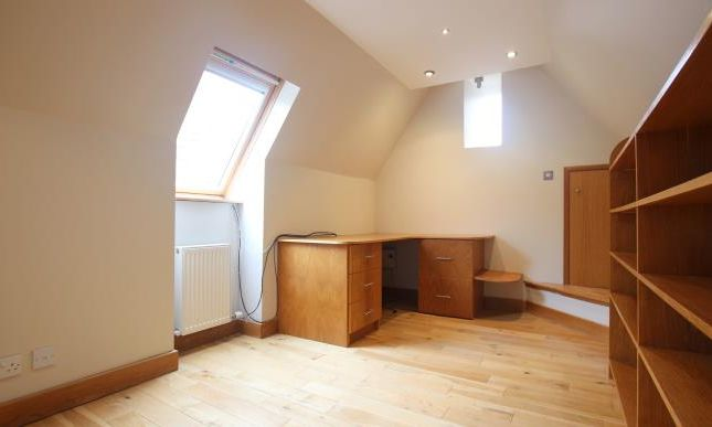 Semi-detached house to rent in Hamilton Road, Bothwell, Glasgow