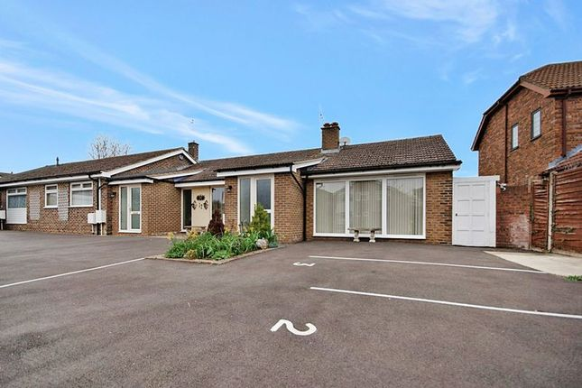 Thumbnail Bungalow for sale in Tithe Close, Codicote, Hitchin