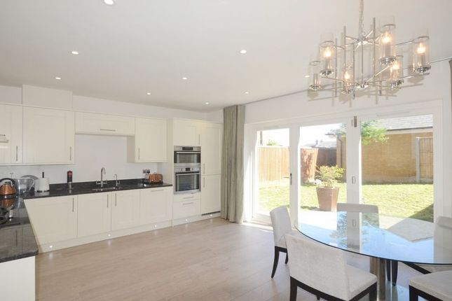 Thumbnail Semi-detached house to rent in Folly Hill Gardens, Maidenhead